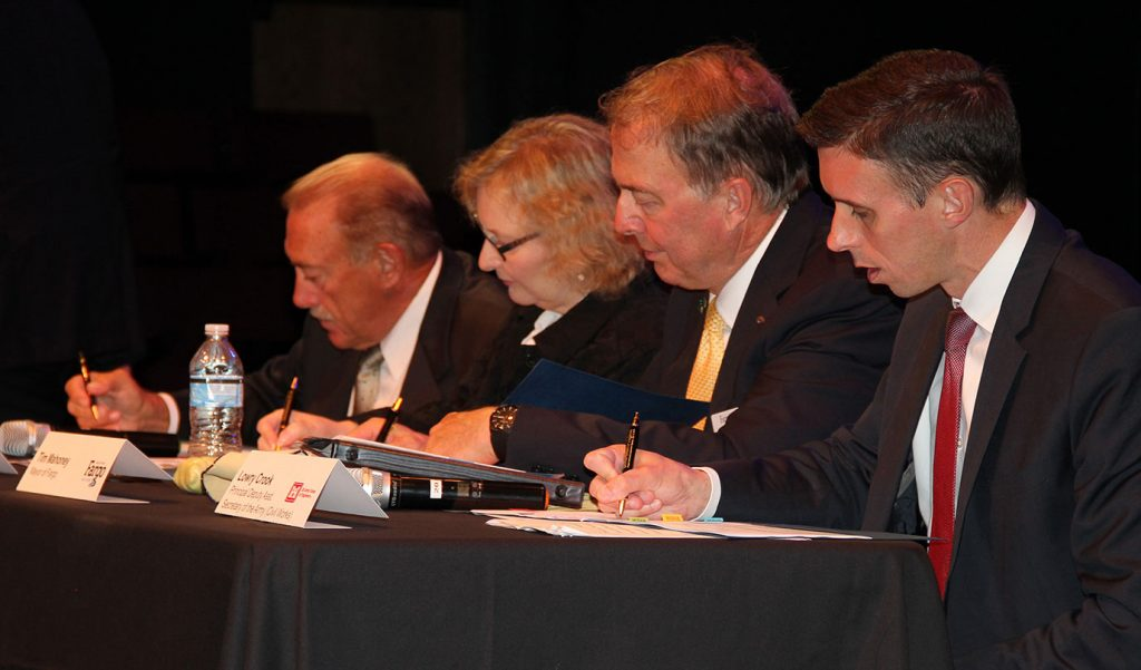 Project Partnership Agreement signed by Fargo, Moorhead, Diversion Authority and U.S. Army Corps of Engineers (VIDEO)